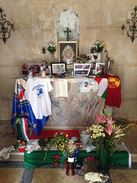 Gedenkstätte Bud Spencer mit Altar