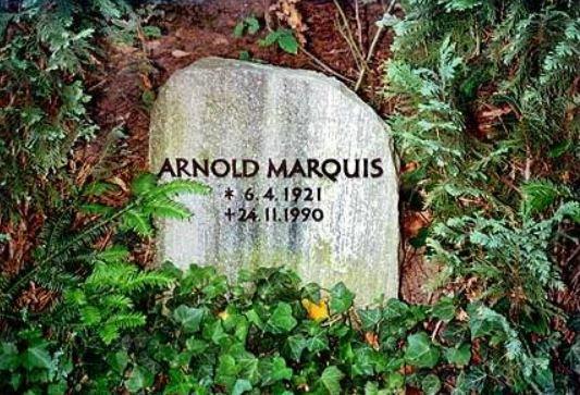 Grabstein von Arnold Marquis - Deutsche Stimme Bud Spencer