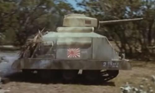 Panzerwagen aus dem Film Zwei As