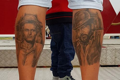 Spencer/Hill Tattoo aus Vier Fäuste für ein Halleluja Film